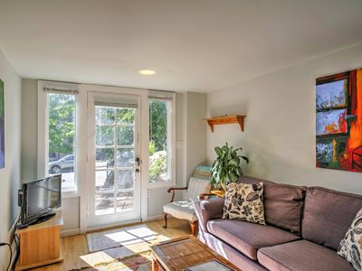 Photo for Cozy Seattle Apt. w/Patio - 11 Mins From Downtown!