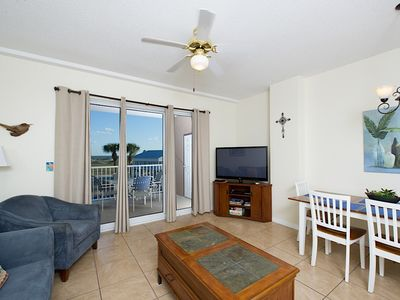 Photo for Beautiful Condo, located in the Perfect Getaway Spot!