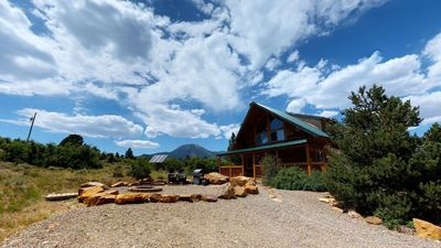 Photo for Gorgeous Romantic Lodge with BBQ, Campfire, and Kitchen