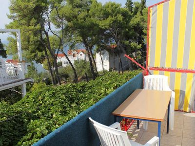 Photo for One bedroom apartment with balcony and sea view Sutivan (Brač)