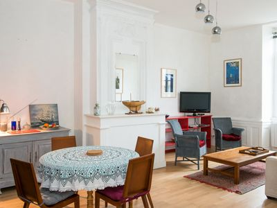 Photo for Charming 2 rooms apartment, 53m2, 2 steps from the Hermione and the market