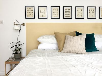 Photo for 2BR Apartment Vacation Rental in Chichester, England