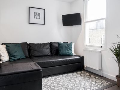 Photo for Exquisite Apartment in Marylebone in London