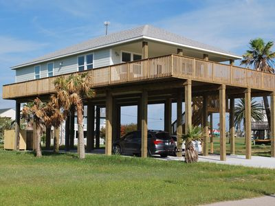 Photo for Relax and enjoy a new beach house with a great view.