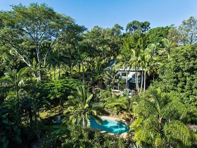 Photo for Private serene spacious large house with swimming pool, near Byron Bay
