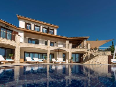 Photo for Magnificent villa with sea view, garden view and pool view