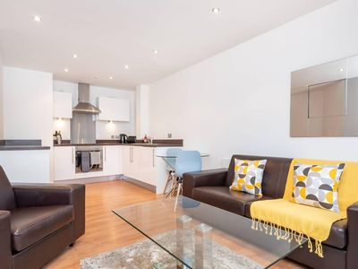 Photo for Stunning 2BR Waterside Apartment Close to Station