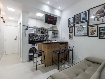 Photo for STUDIO CHARMOSO 3 minutes from Copacabana beach!