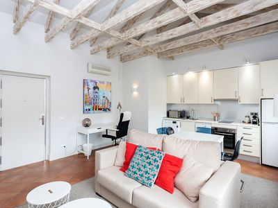 Photo for Modern, cozy and central apartment in the neighborhood of Argüelles