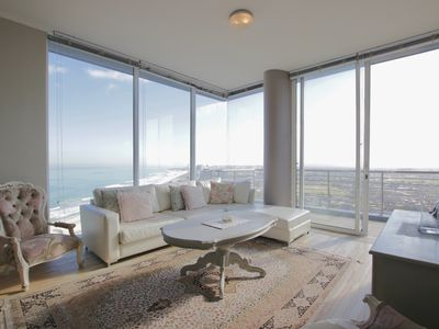 Photo for Bourgeois apartment w/ balcony, free wifi, and amazing ocean views