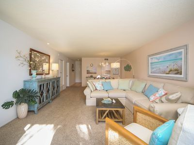 Photo for Beach Condo near Lido Beach & on St. Armands Circle! Fully Equipped & Beautiful!