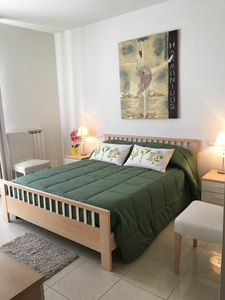 Photo for Beautiful and centric apartment 100 meters from the sea.