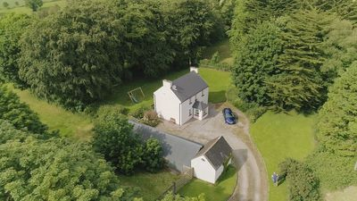Photo for Relax in traditional farmhouse cottage perfect for touring South & West Ireland.