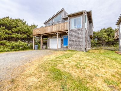 Photo for Elegant dog-friendly home on quiet dead-end street w/ocean views! (MCA #155)