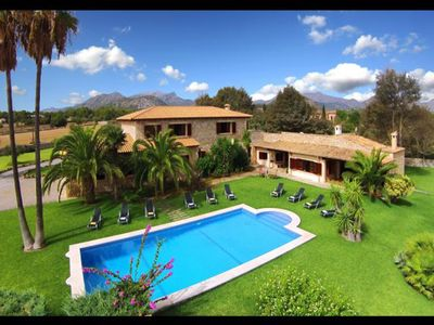 Photo for Beautiful Villa with large pool, comfortable rooms between Pollensa and Alcudia.