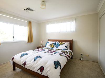 Photo for FREE NBN WIFI - FOXTEL/NETFLIX - CLOSE TO NORWEST AND CASTLE HILL