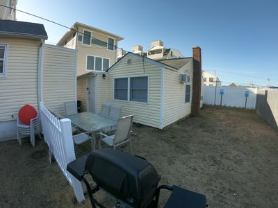 Photo for Adorable 2br half a block from the beach