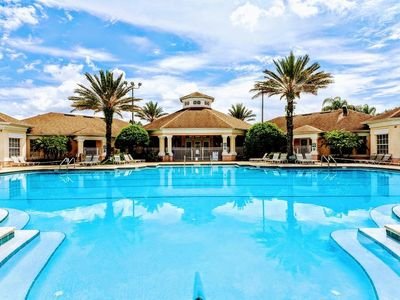 Photo for Enjoy Windsor Palms 2.5 miles from Disney!