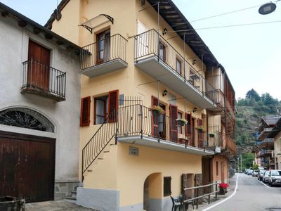 Photo for Apartment Angelica (SPA150) in Sparone - 2 persons, 1 bedrooms