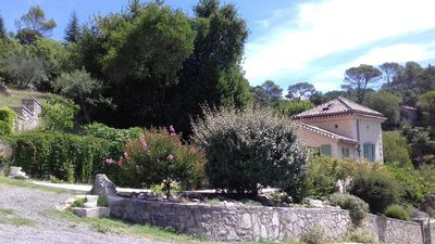 Photo for Comfortable Gite with pool close to the city and the countryside