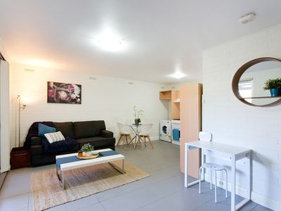 Photo for Ground floor apartment near nature, cafes, hospitals, UWA & City - Smart TV