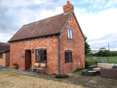 Photo for PARADISE COTTAGE, character holiday cottage in Ilmington, Ref 22263