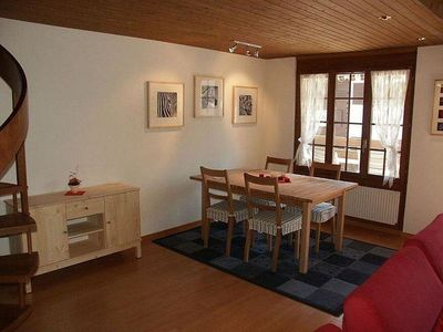 Photo for Cosy apartment for 6 guests with WIFI, TV, balcony, pets allowed and parking