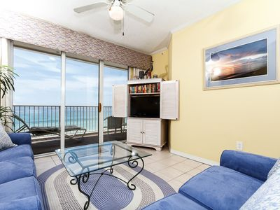 Very comfortable and cozy beach front living room! New in august - Very comfortable and cozy beach front living room! The sofa pulls out to be a queen sleeper - this unit sleeps up to 8 guests!