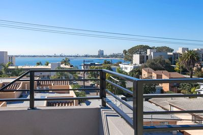 360 deg views from our Roof Top Sky Yard