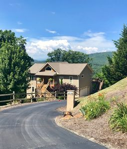 Photo for Spectacular sunset views, close to Asheville restaurants and breweries, hot tub!