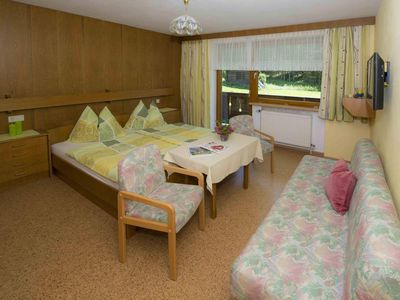Photo for Double room with shower, WC - Lindenhof **, pension