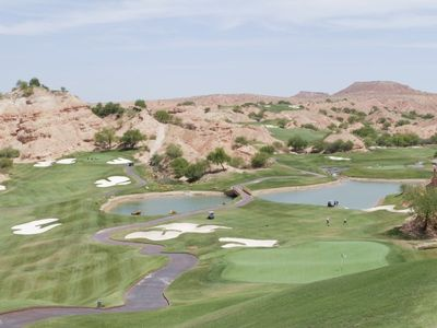 View condo at Wolf Creek golf course