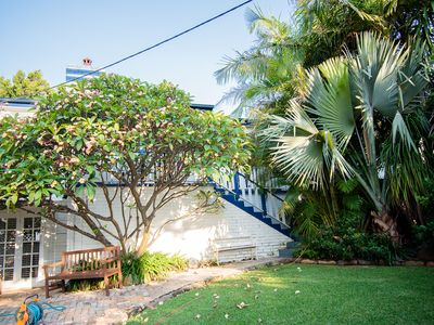 Photo for Frangipani House, relaxed beach retreat .Two minute walk to beach and Village.