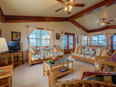 "Photo for ""Sunset Beach"" C3! - 3 bedroom on beach/Family friendly and safe/WiFi/AC/kayaks"