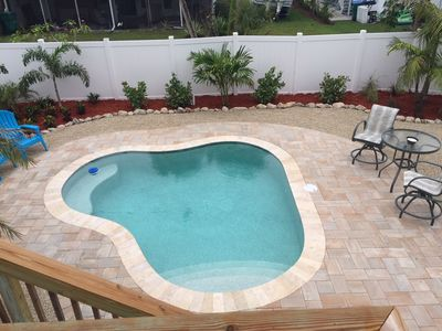 Close To The Beach And Restaurants With Private Heated Pool!