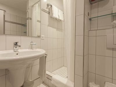 Photo for Apartment in the center of Zürich with Lift, Parking, Internet, Washing machine (63077)