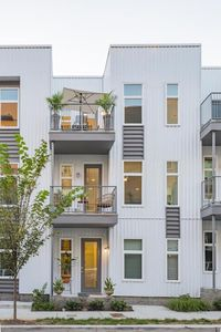 Photo for Live the Indoor/Outdoor Nashville Dream in this Bright + Modern New Townhouse