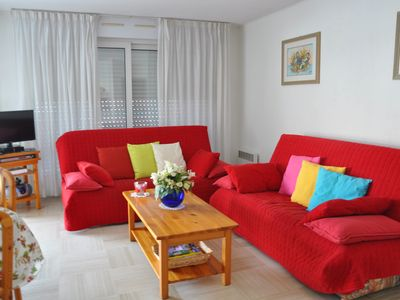Photo for Holiday apartment in residence with pool Antibes Côte d'Azur