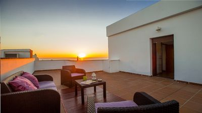 Photo for Wonderful penthouse with terrace and sea views