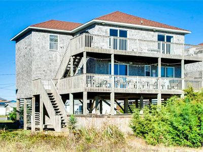 Photo for Fantastic Oceanfront Location w/ Pool, Hot Tub, Game Room, Netflix, Dog-Friendly