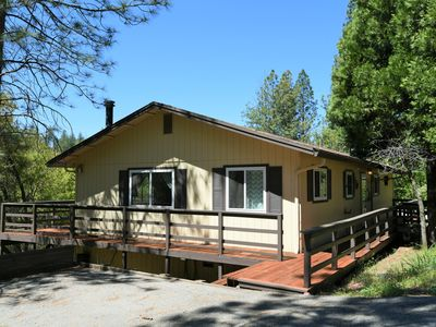 Photo for Vacation Getaway on the Lake with additional Room and Parking