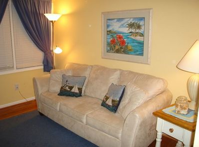 Lovely beach themed decorated living space!