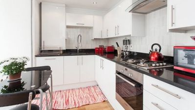 Photo for Stunning & cosy apartment In Liverpool Street / Shoreditch