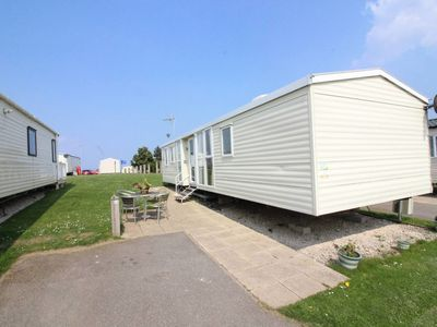 Photo for 3 Bed Caravan, Reighton Sands, Filey