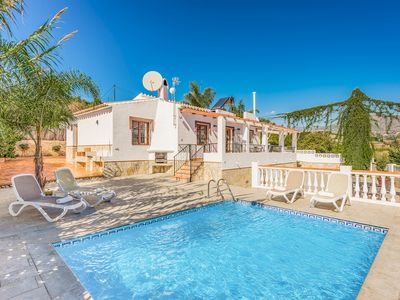 Photo for Villa Elisa - bright & airy villa with pool, Wi-Fi & A/C - lovely mountain views