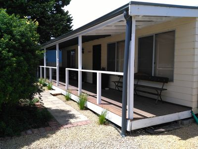 Photo for Footsteps Cottage at Normanville- Pet friendly