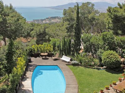 Photo for Family Villa for Holidays on the Costa del Sol. Pool and private garden