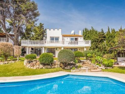 Photo for PRICE DROP 2019  5 bedroom Estepona Villa Heated Pool, close to Beach