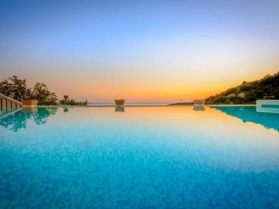 Photo for 4 bedroom accommodation in Cavtat