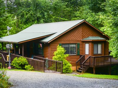 Mountain Cabin in Great Location-One Level-Quiet & Serene